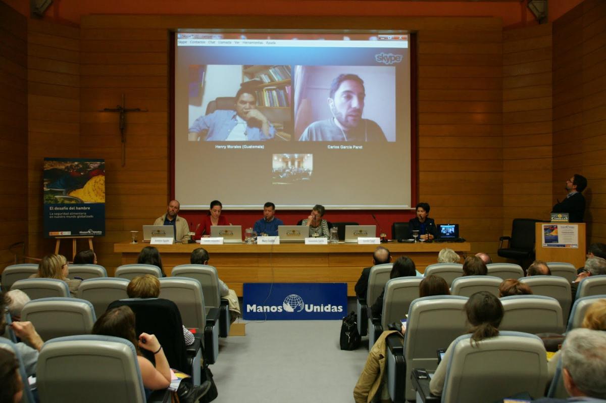Presentació Informe Fam Mans Unides