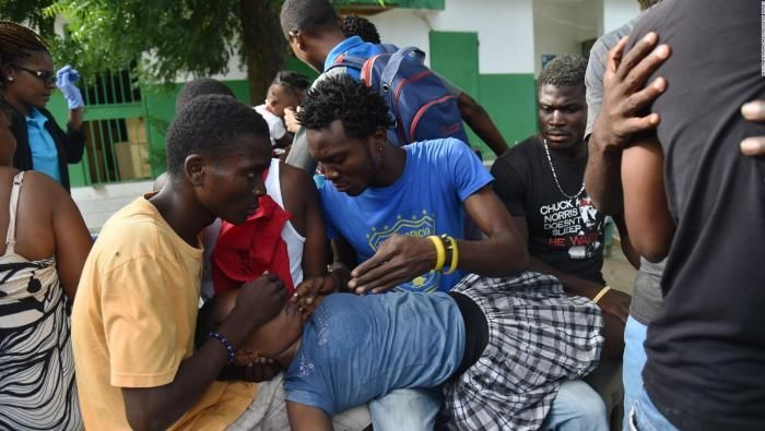 Afectados por el último terremoto de Haití. Captura de vídeo publicado en CNN Español