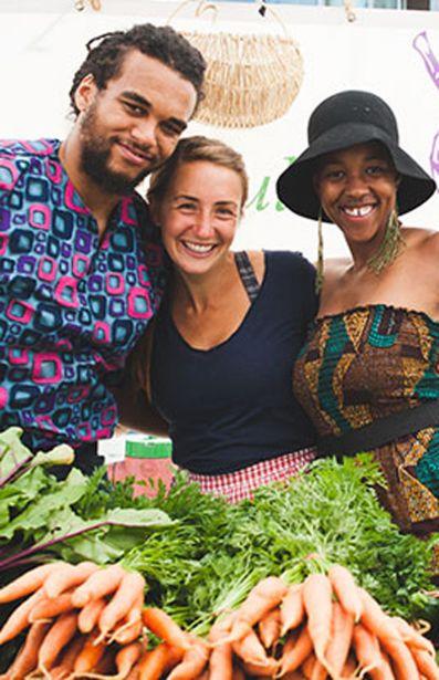 Santropol Roulant es un proyecto integral de agricultura urbana que facilita alimentos ecológicos a domicilio para personas con movilidad reducida. FOTO Alex Tran/Santropol Roulant