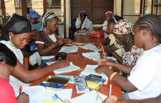 Construcción de centro de formación femenina