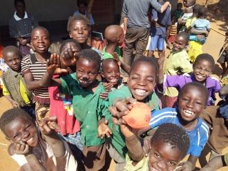 Este proyecto busca mejorar las condiciones higiénico-sanitarias en las escuelas