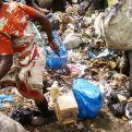 Niños del Basurero de Akouedo en Costa de Marfil