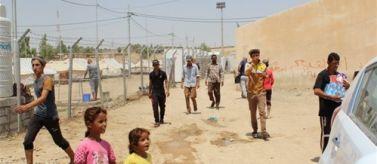 Alimentos primera necesidad a refugiados iraquíes