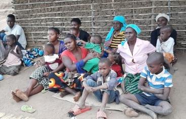 Persones desplaçades pel conflicte de Cap Delgado. Foto: Mans Unides/Diòcesis de Nacala