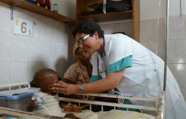 Cristina Antolin en Camerún. Foto: Ricardo Olmedo