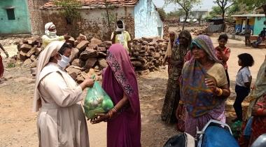 Coronavirus Índia: Entrega de kits d'emergència. Foro: Mans Unides/ Serveis socials de Sagar